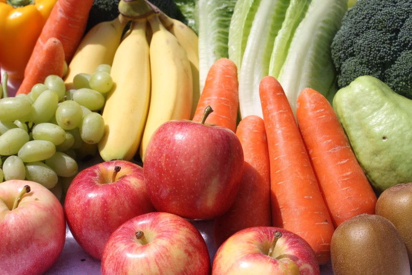 What's the Best Thing About Summer? Fresh Fruits & Vegetables!